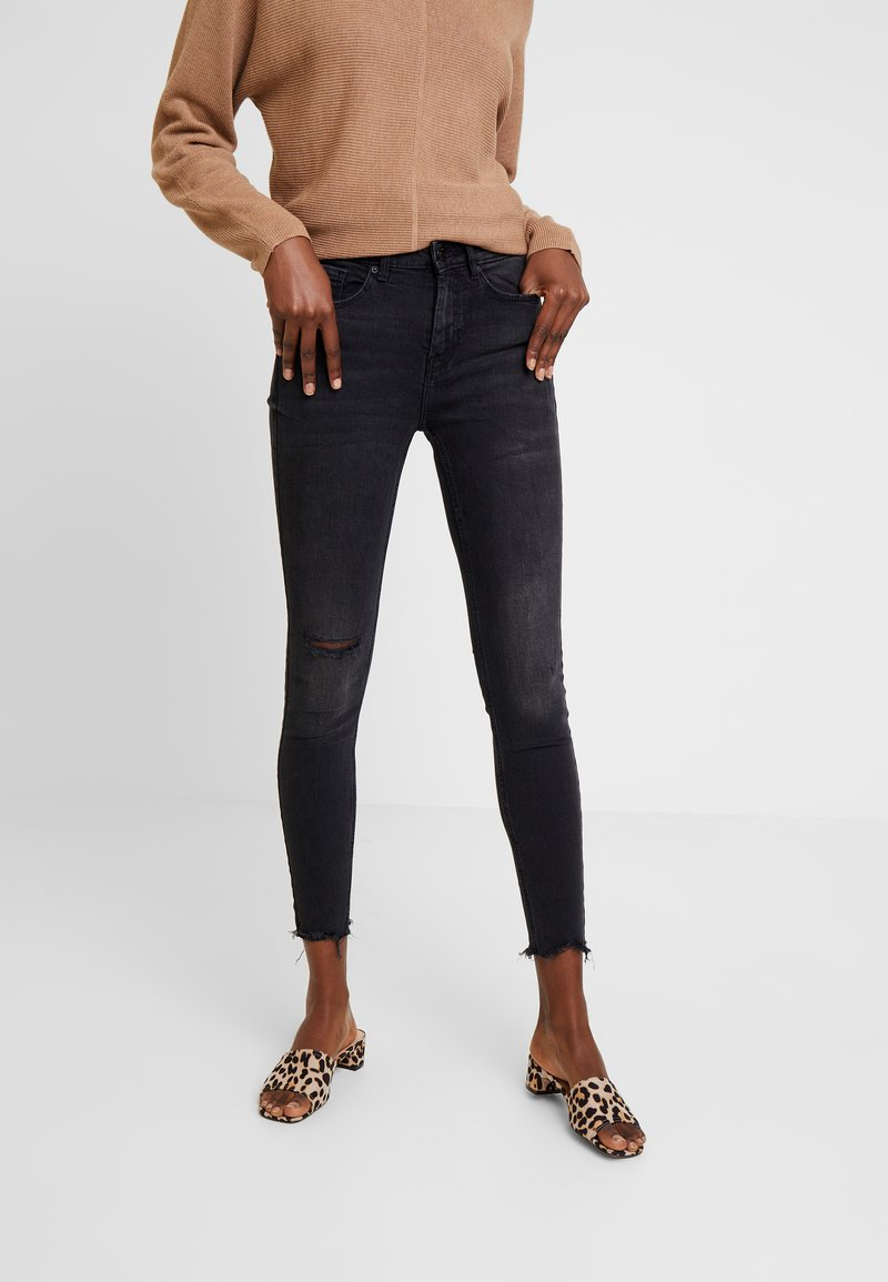 Springfield - CROPPED - Jeans Skinny Fit - black