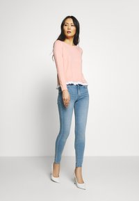 Springfield - Slim fit jeans - light blue - 1