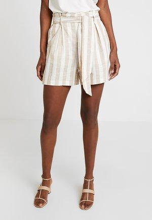 TWIN - Shorts - beige