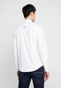 Springfield - SOLID OXFORD STRECH - Shirt - white - 2