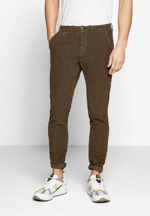Pantalones - brown
