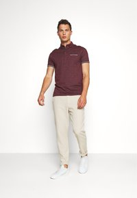 Springfield - PANT BASICO - Trousers - beige - 1