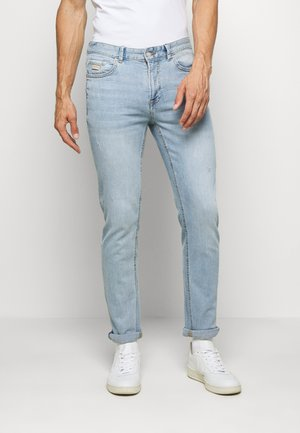 LIGHT CLARO - Slim fit jeans - light blue
