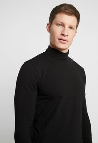 Springfield - CISNE - Long sleeved top - black - 4