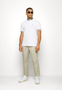 Springfield - MAO DOUBLE TIPPING - Polo shirt - white - 1