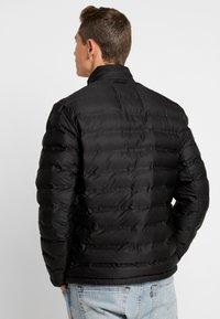 Springfield - ACOLCHADA DAILY - Zimní bunda - black - 2