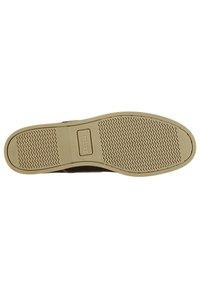 Firetrap - CARAVEL  - Chaussures bateau - brown - 2