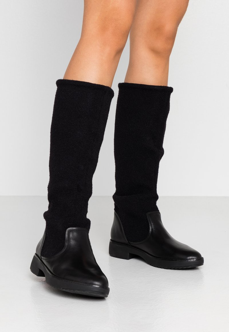 FitFlop - NISSE MIXTE KNEE HIGH BOOTS - Boots - black
