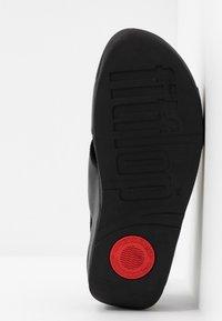 FitFlop - LULU CROSS BACK-STRAP - Sandály na platformě - black - 6