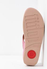 FitFlop - LULU TOEPOST - Sandalias de dedo - shrimp pink - 6