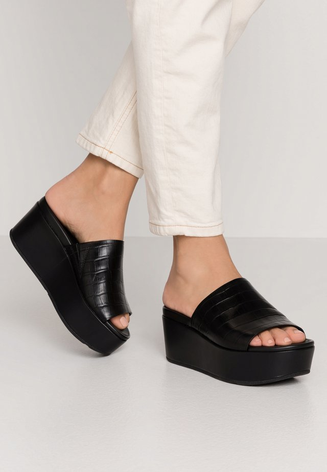 ELOISE - Pantofle na podpatku - black