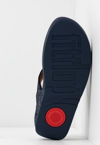 FitFlop - LULU - T-bar sandals - midnight navy - 6