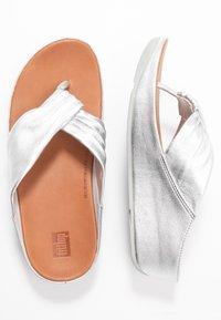 FitFlop - TWISS - T-bar sandals - silver - 3
