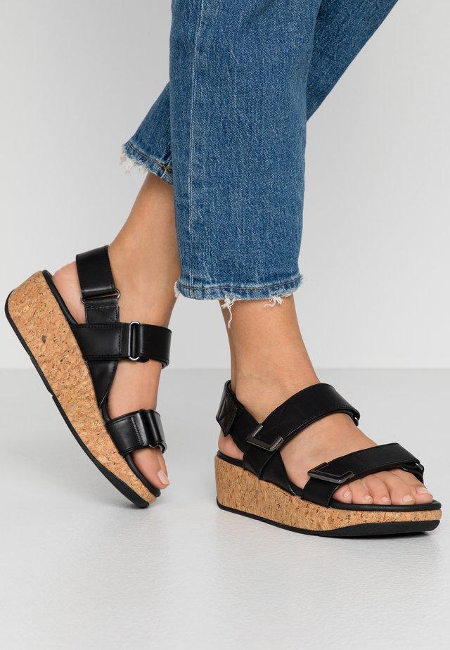 REMI - Sandały na platformie - all black
