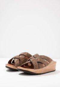 FitFlop - LATTICE - Mules - bronze - 4