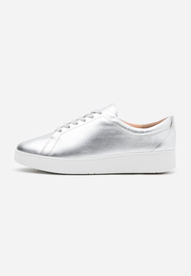RALLY - Sneaker low - silver