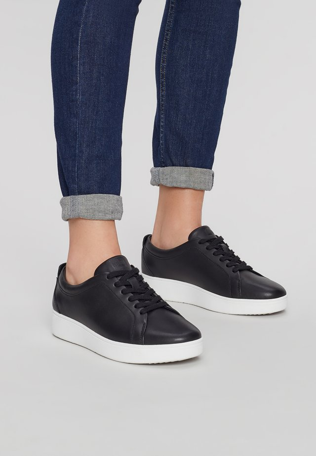 RALLY - Trainers - black