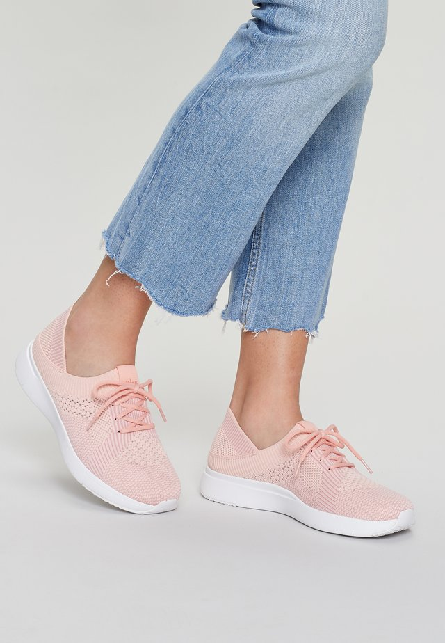 Trainers - coral pink mix
