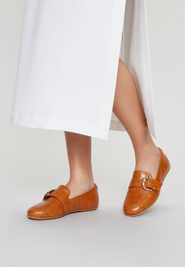 LOAFER/MOCCASSIN LISBET - Slip-ons - light tan
