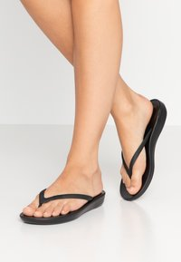 FitFlop - IQUSHION ERGONOMIC - Boty do bazénu - all black - 0