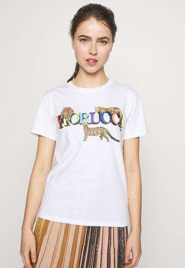CHEETAH TEE WHITE - T-shirts print - white