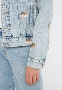 Fiorucci - MINI ANGELS NICO JACKET  - Giacca di jeans - light vintage - 3