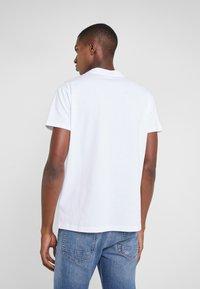 Fiorucci - MARTINI LOGO TEE  - T-shirt imprimé - white - 2