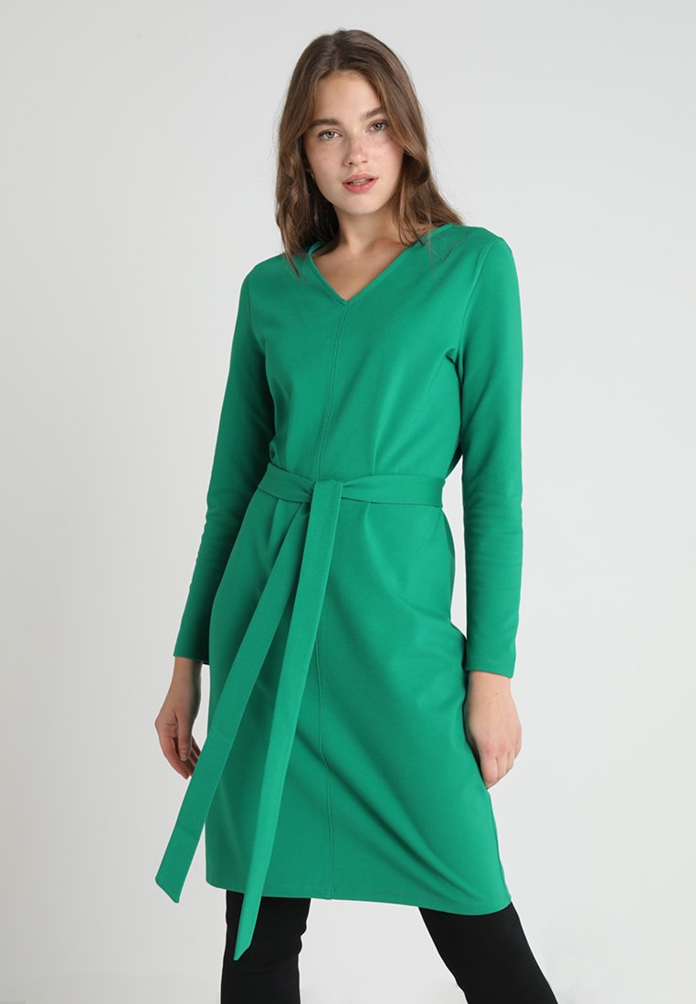 Finery London - WORKWEAR SHIFT DRESS - Sukienka z dżerseju - true green