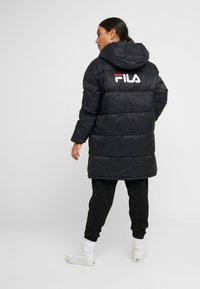 Fila Petite - BRONWED PUFF HOOD JACKET - Abrigo de invierno - black - 2