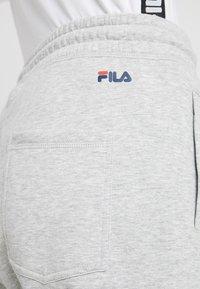 Fila Tall - PURE BASIC PANTS - Spodnie treningowe - light grey melange - 3
