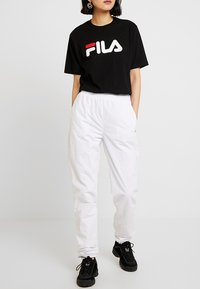 Fila Tall - ALMA PANTS - Kangashousut - bright white - 0