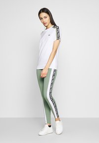 Fila Tall - TASYA - Leggings - Trousers - sea spray/bright white - 1
