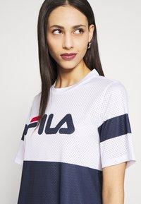 Fila Tall - BASANTI TEE DRESS - Day dress - bright white/black iris/true red - 4