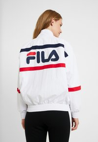 Fila Tall - KAYA WIND JACKET - Sportovní bunda - bright white/black iris/true red - 2