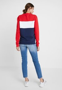 Fila Tall - LEAH CREW - Sweatshirt - black iris/true red/bright white - 2