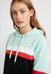 Fila Tall - ELLA HOODY - Hoodie - mist green/black/bright white/true red - 4