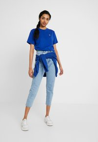 Fila Tall - FLORESHA HOODY - Jersey con capucha - sodalite blue - 1