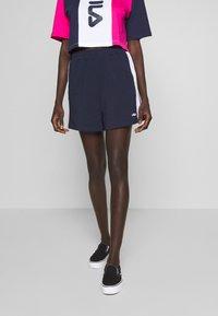 Fila Tall - BADU - Shorts - black iris/bright white - 0