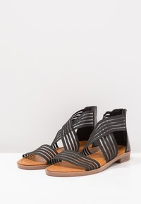 Fitters - CHRISTINA - Ankle cuff sandals - black - 2