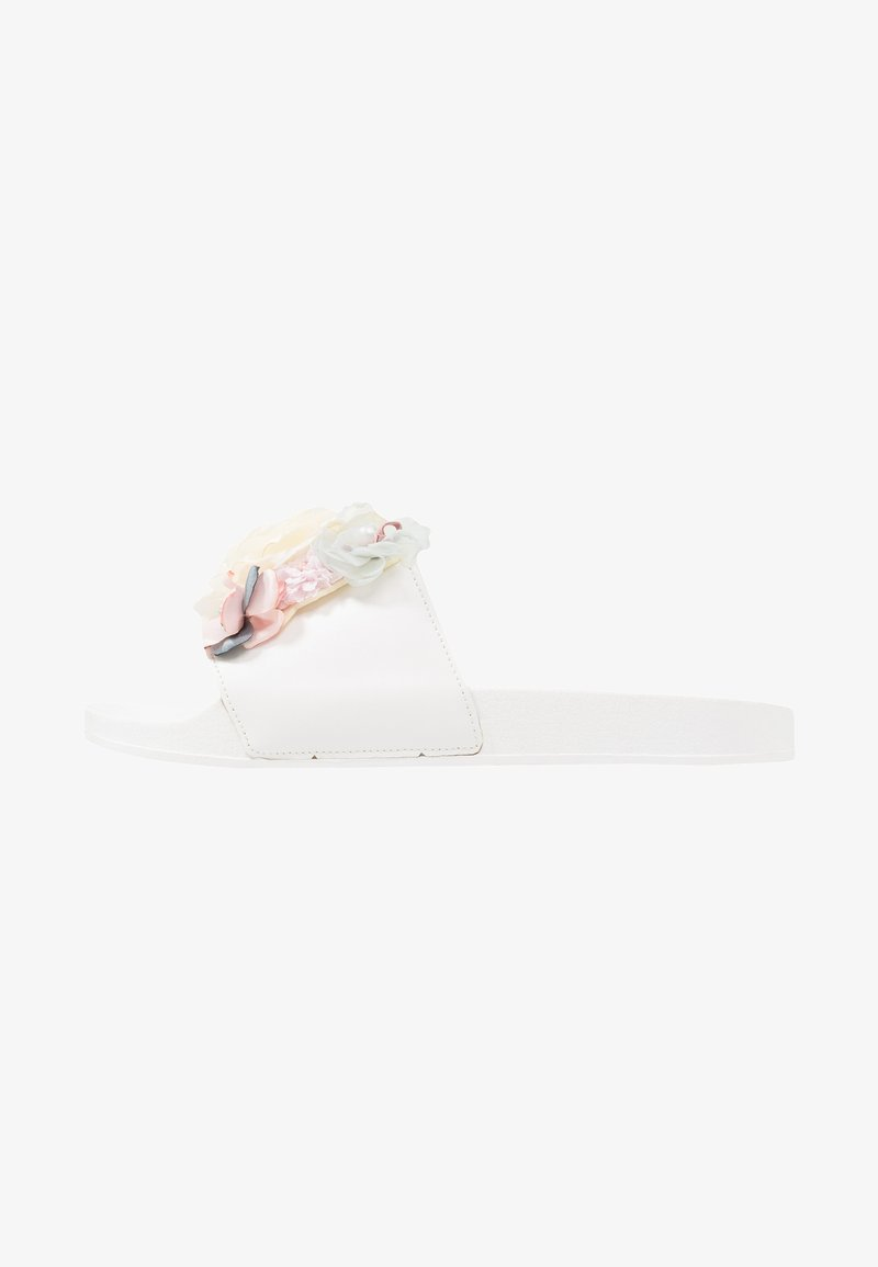 Fitters - FLORA - Slip-ins - white