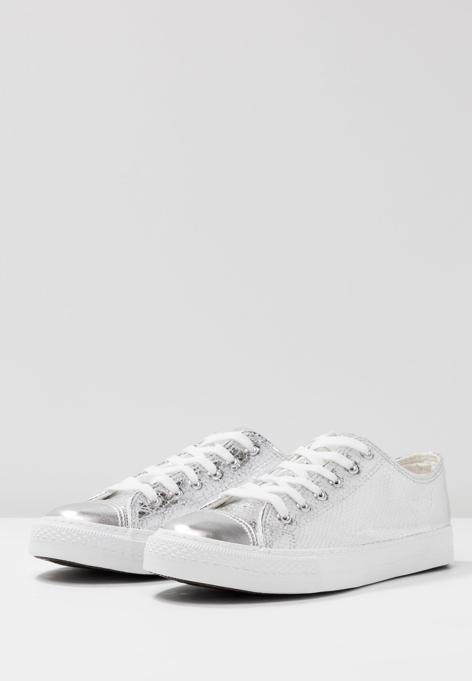 CARRIE Sneakers silber