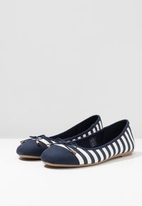 Fitters - GRACE - Ballet pumps - navy/white - 2