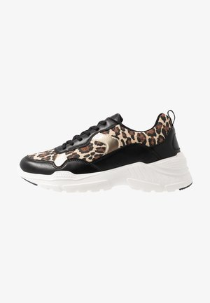 MADELEINE - Sneakersy niskie - gold