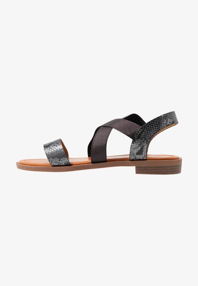 AVA - Sandaler - black