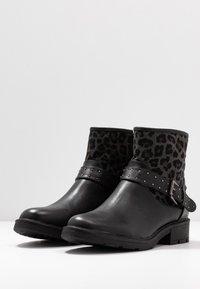 Fitters - ELIA - Cowboy/biker ankle boot - schwarz - 2
