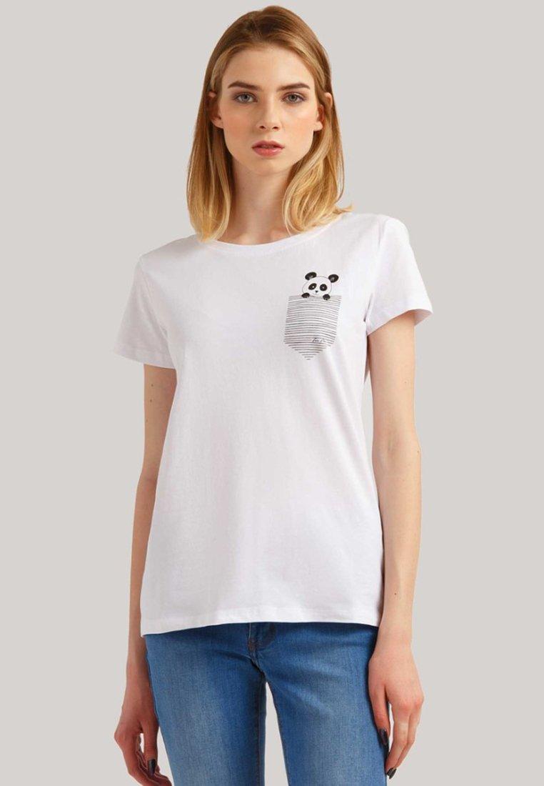 Finn Flare - MIT PANDA-PRINT - T-Shirt print - white