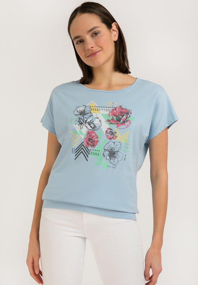 MIT FARBIGEM FRONT-DRUCK - T-shirt imprimé - skyline
