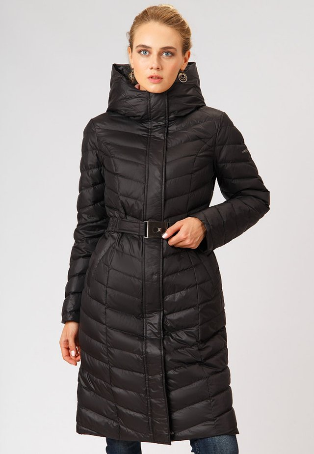 WITH A TRENDY QUILT PATTERN - Down coat - black