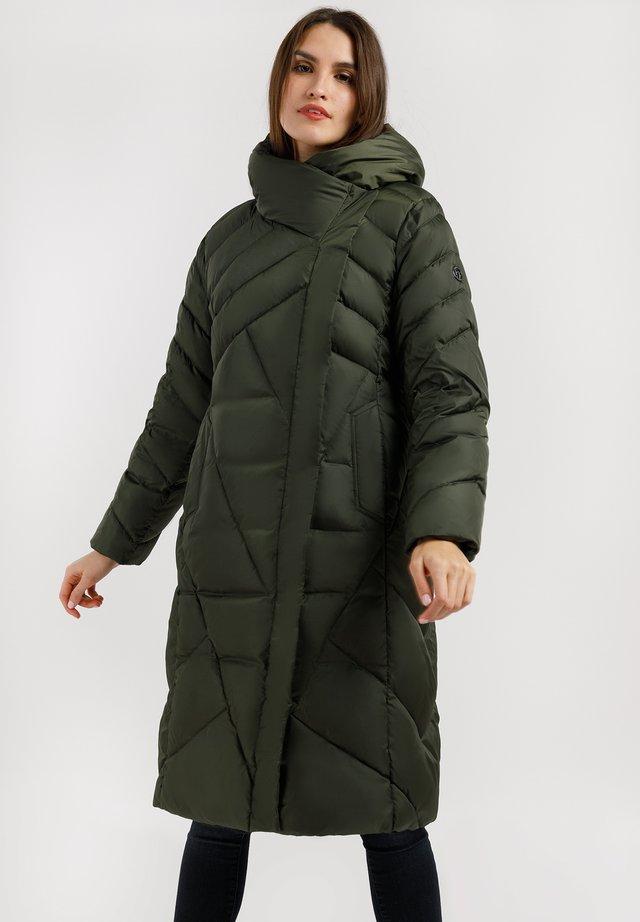 MIT HOHER WÄRMESPEICHERUNG - Down coat - dark green