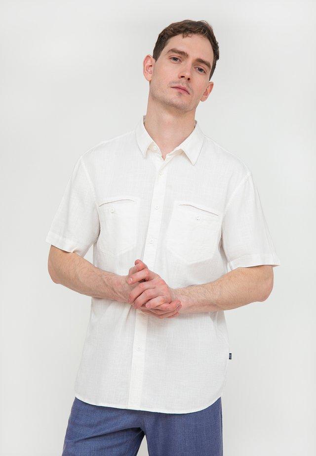 MIT BRUSTTASCHEN - Chemise - white